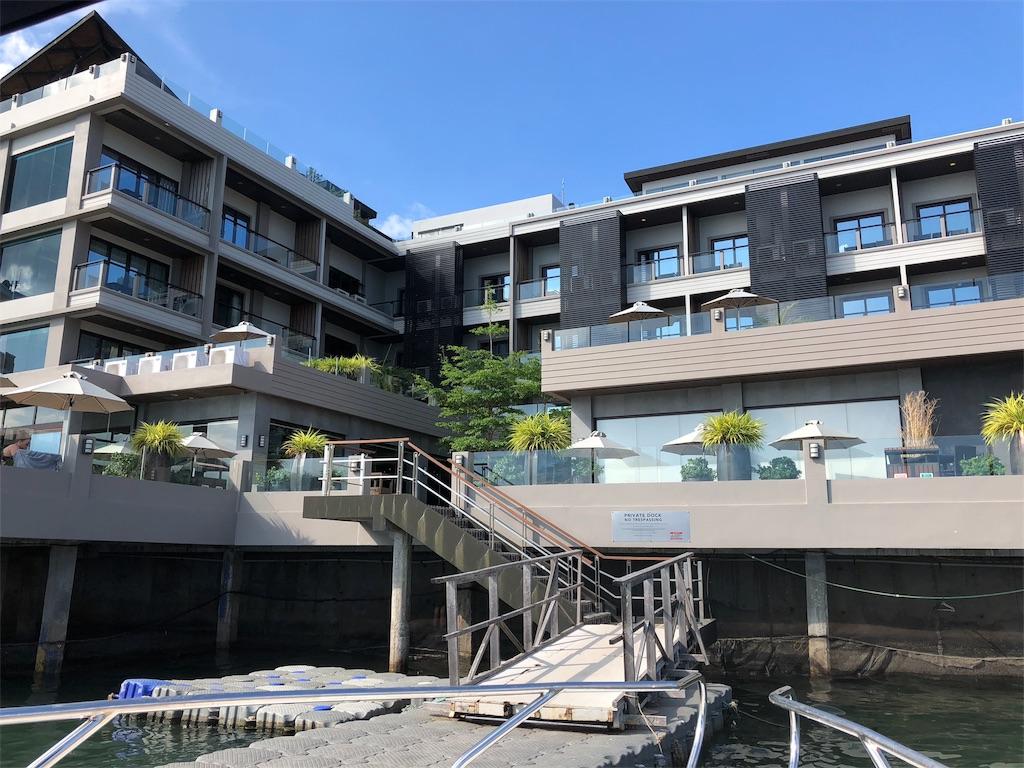 Two Seasons Coron Bayside Hotel(トゥーシーズンズ コロン ベイサイド ホテル)