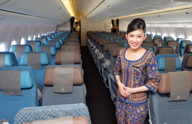 シンガポール航空 SQ671 ボーイング787 名古屋 セントレア シンガポール エコノミークラス 映画 機内食