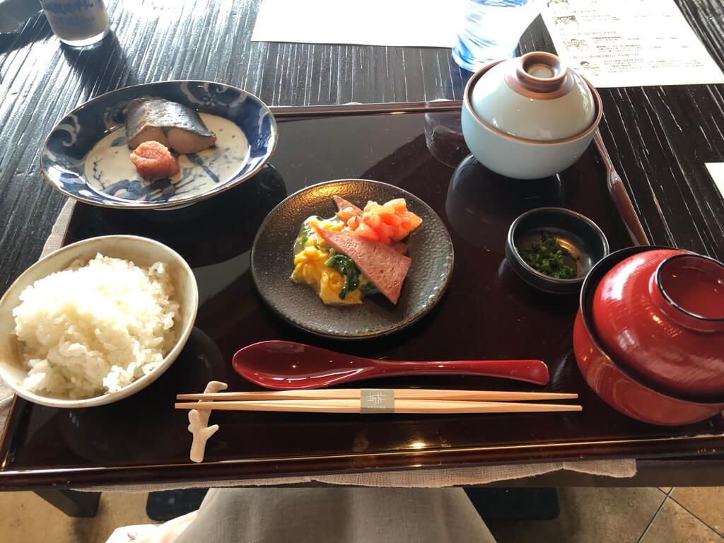 リッツカールトン沖縄 コロナ 朝食 グスク ディナー メニュー SPGアメックス 紹介 プラチナ特典 レストラン割引